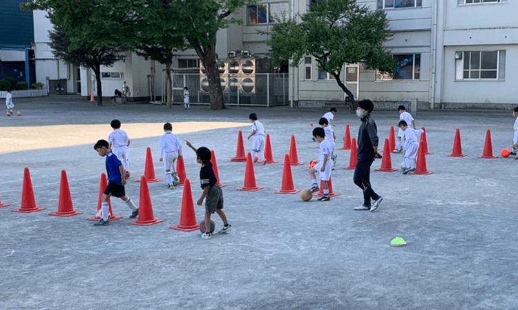 町田JFCサッカースクールの練習風景1
